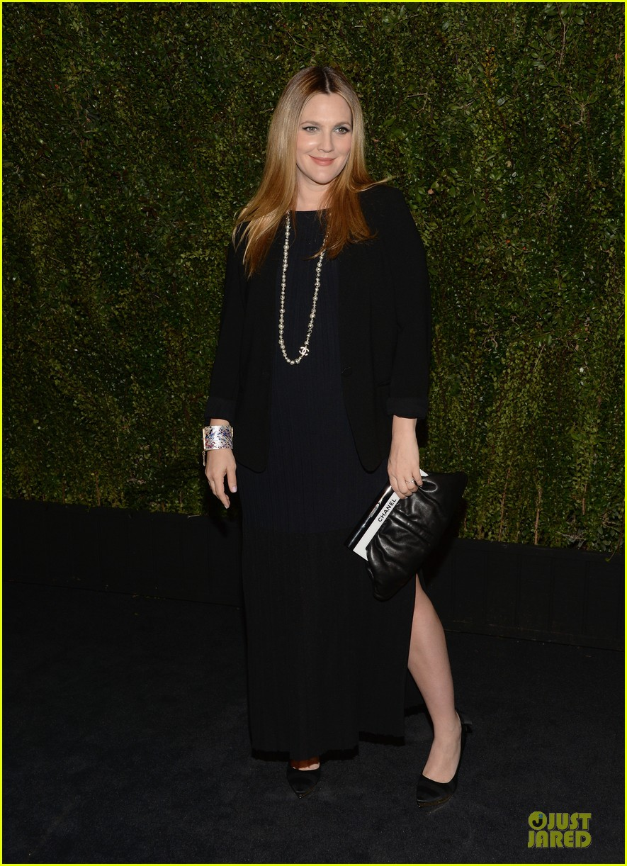 drew barrymore talks pregnancy weight on ellen 223031528