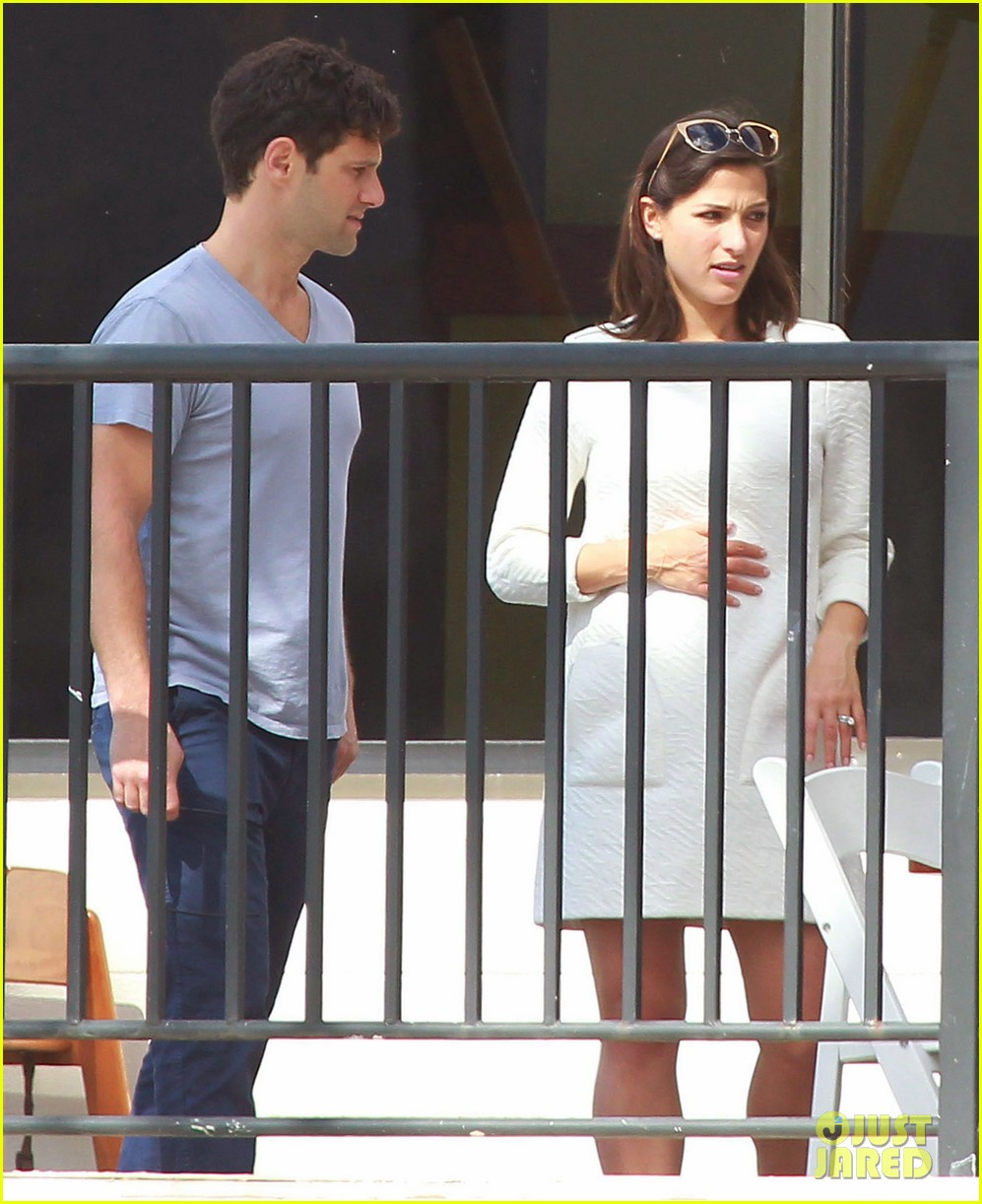 justin bartha new wife lia smith relax after wedding 06