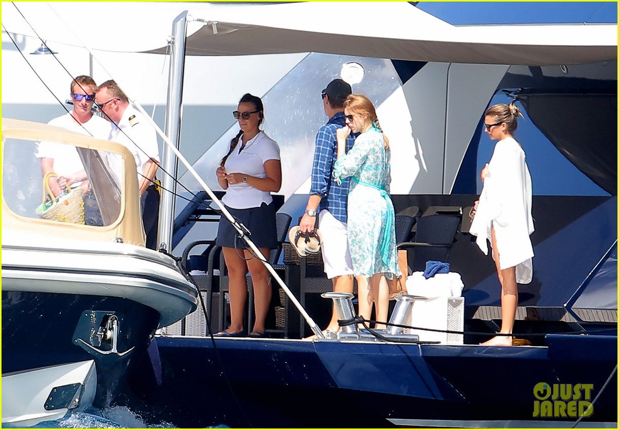 princess beatrice shirtless boyfriend dave clark ring in new year in st barts 323021483