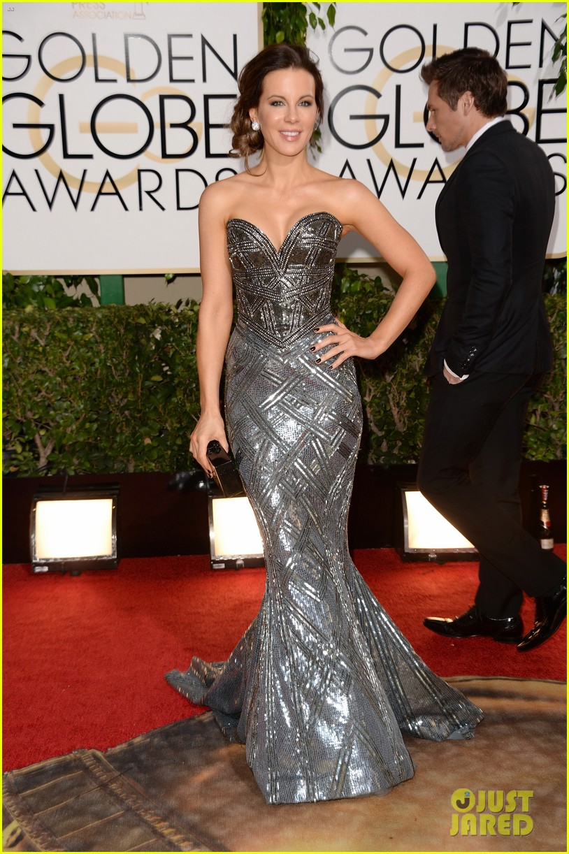 kate beckinsale golden globes 2014 red carpet 033029348