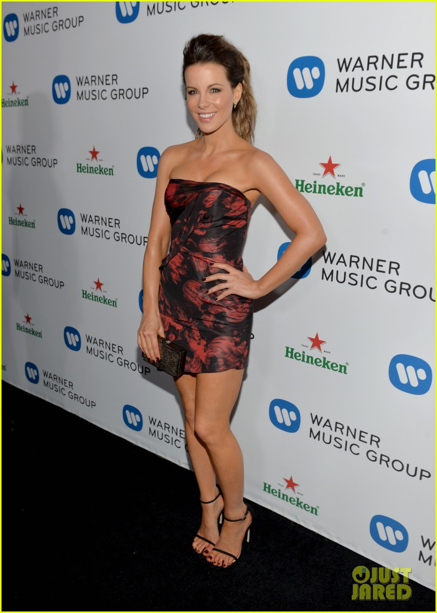 kate beckinsale warner music groups grammy party 013041750