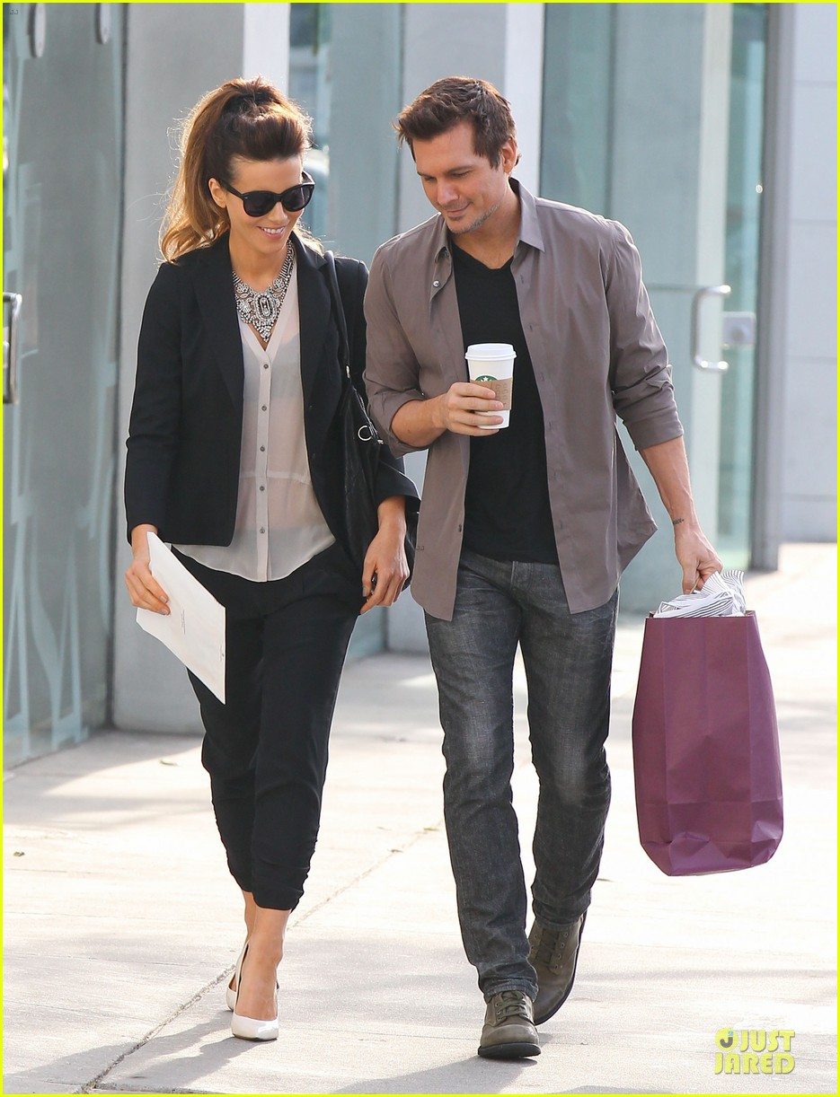 kate beckinsale len wiseman hook arms at fred segal 093043059