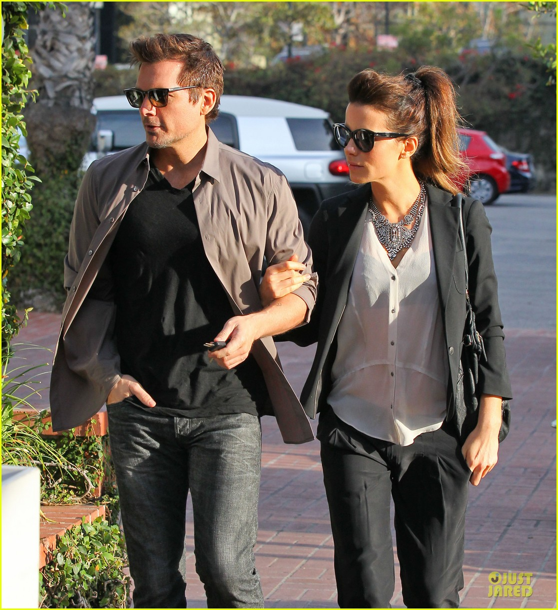 kate beckinsale len wiseman hook arms at fred segal 253043075