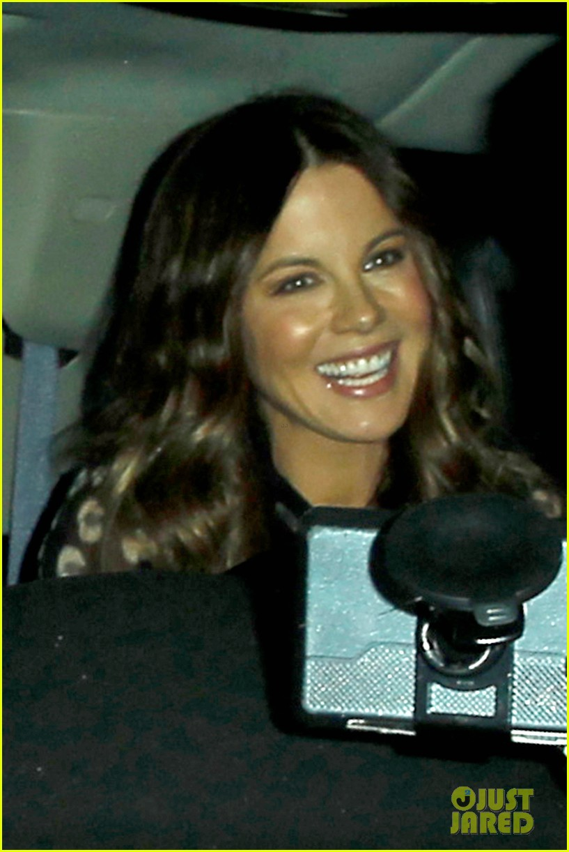 kate beckinsale gets her shop on in weho 063037846