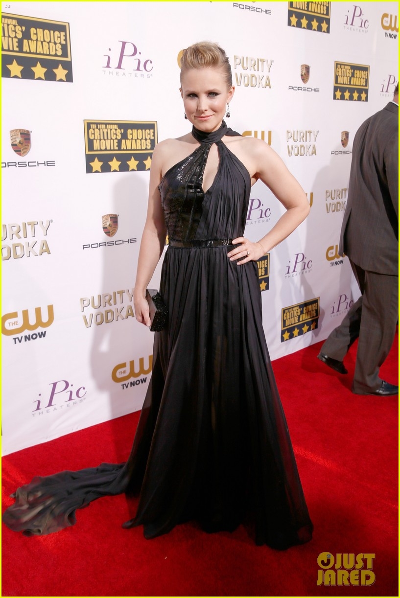 kristen bell critics choice movie awards 2014 red carpet 073032886