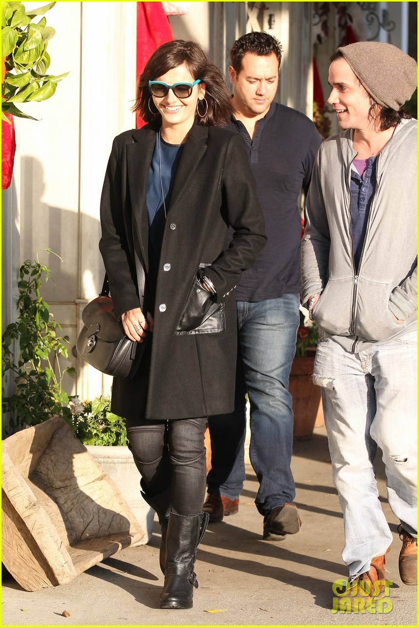camilla belle alfred cafe lunch outing 113027013