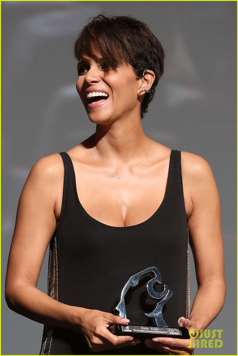 halle berry finds a new husband for her tv show extant 043043988