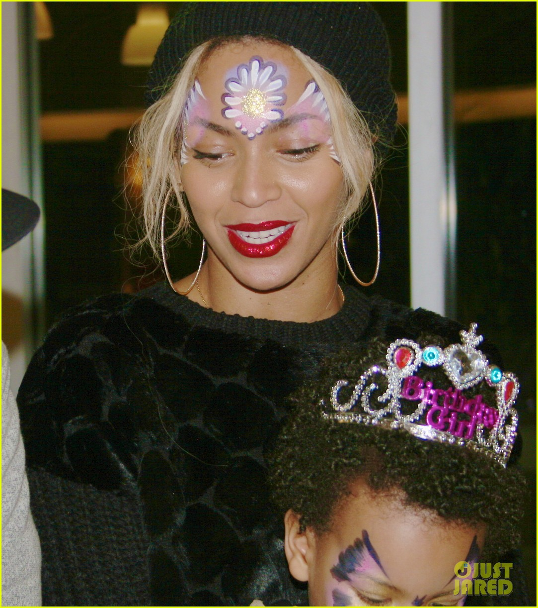beyonce shares pictures from blue ivy carters birthday party 013031987