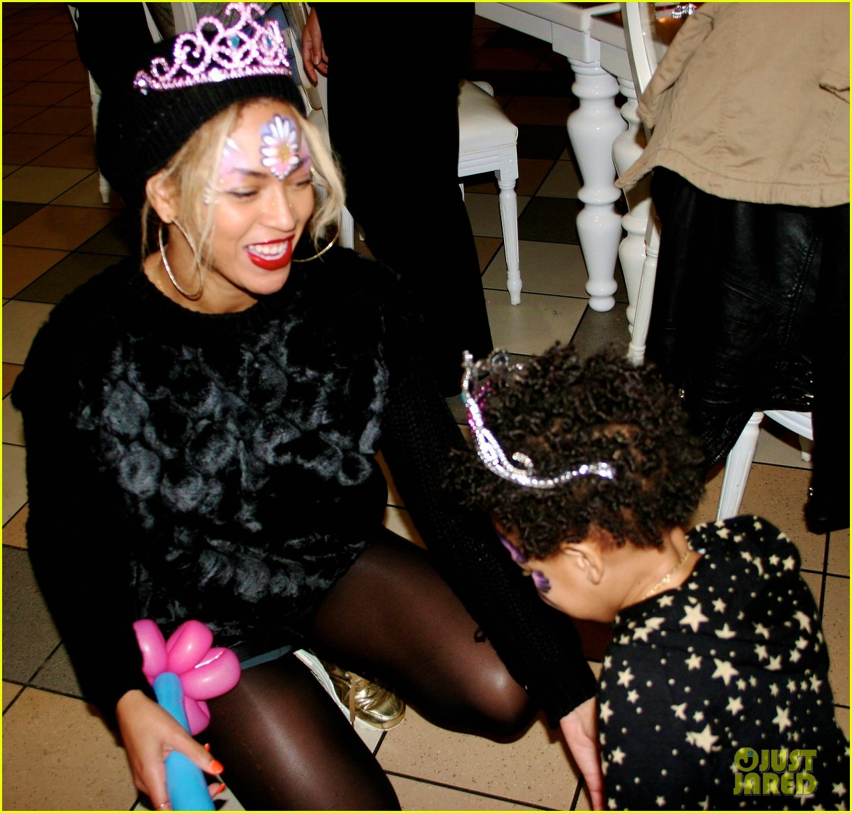 beyonce shares pictures from blue ivy carters birthday party 063031993