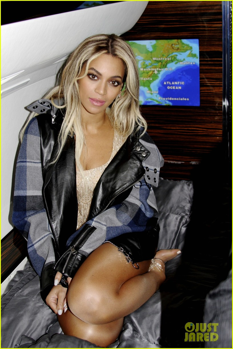 beyonce attends michelle obama 50th birthday party pics 043035440