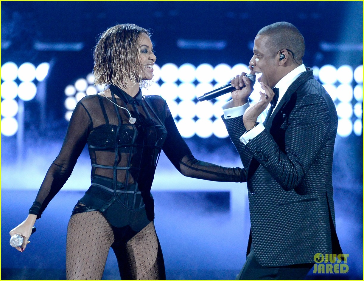 beyonce jay z drunk in love at grammys 2014 watch now 123041194