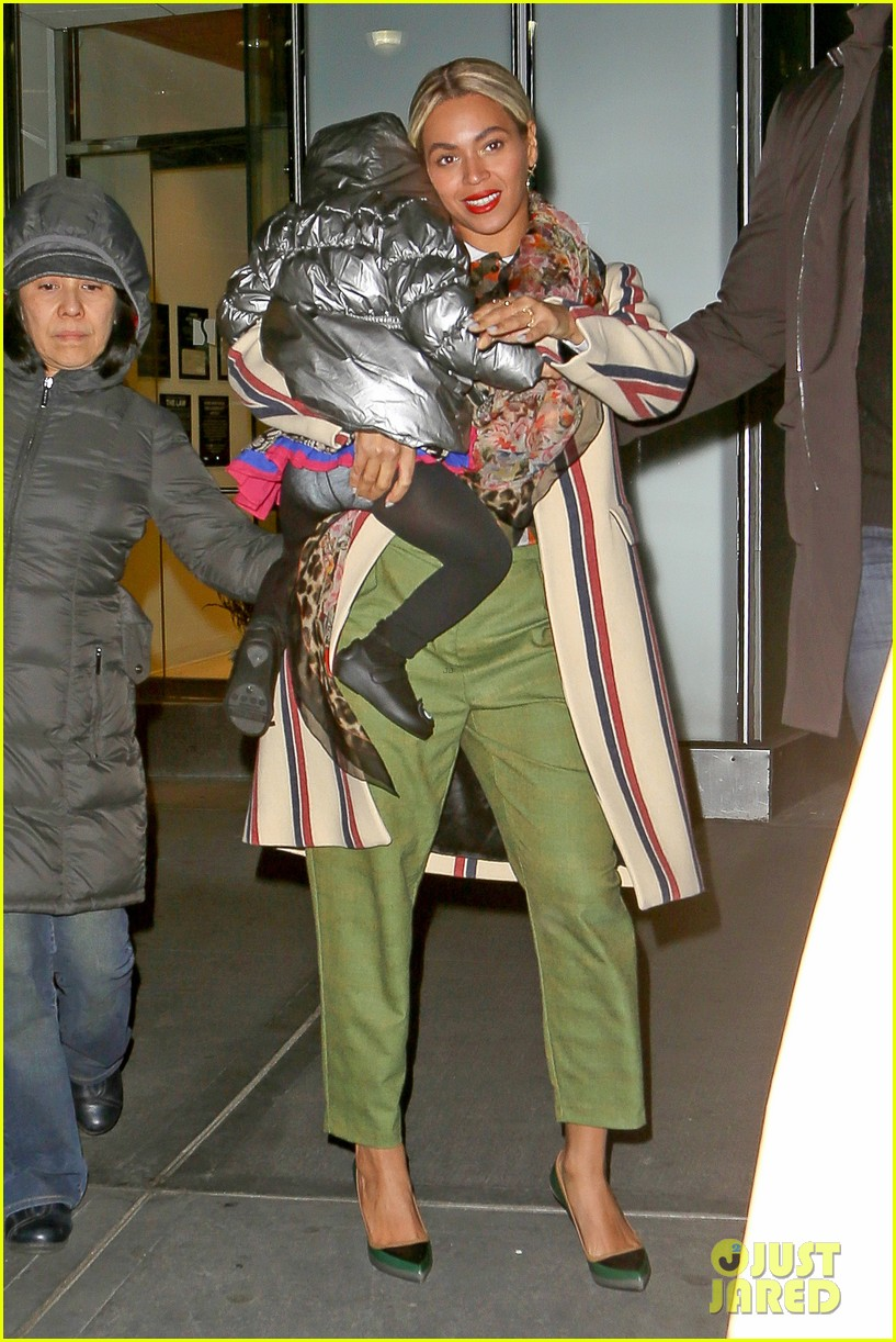 beyonce steps out in the big apple with blue ivy carter 033033232