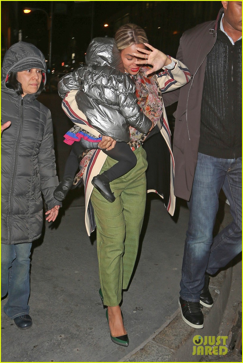 beyonce steps out in the big apple with blue ivy carter 053033234