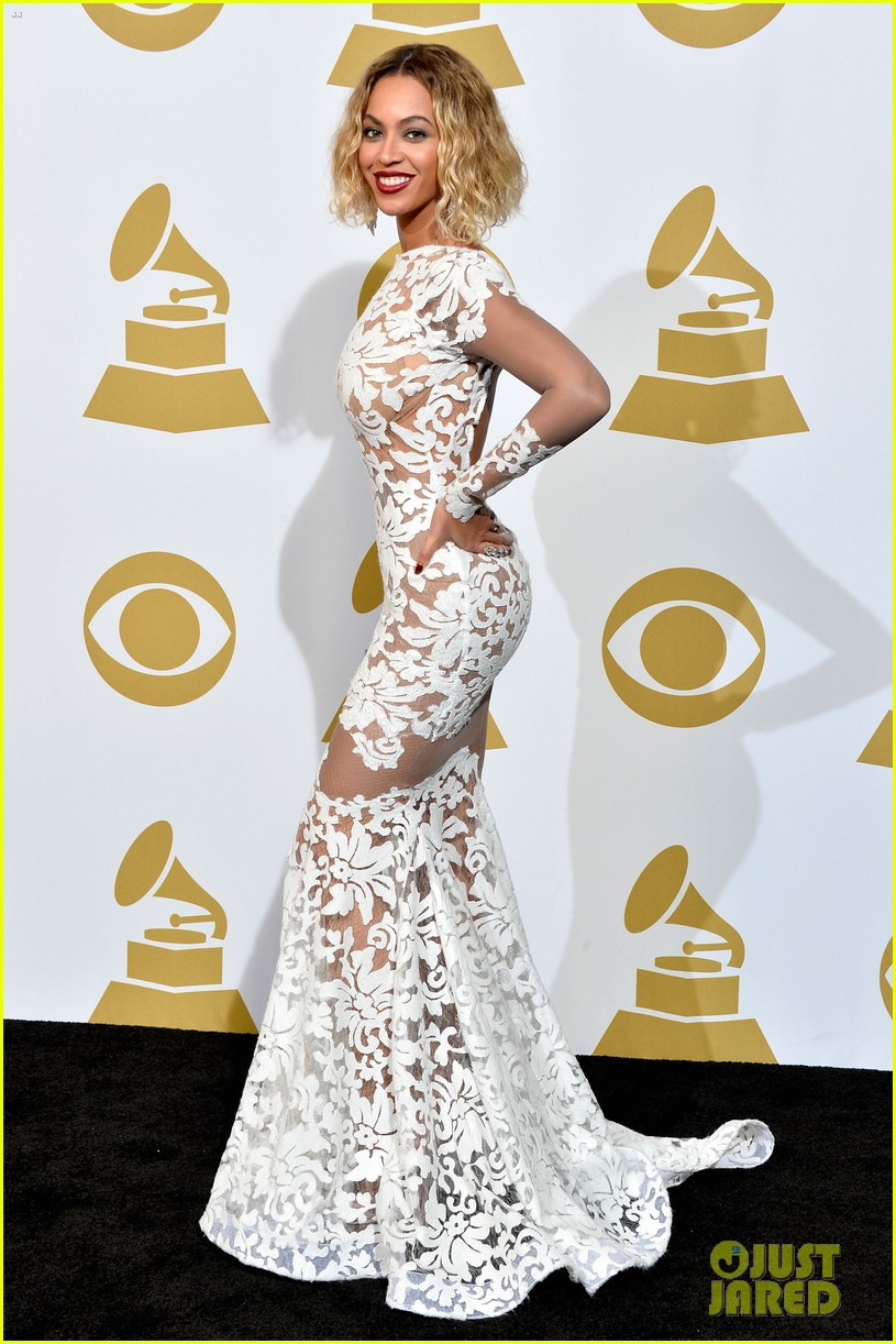 beyonce wears sexy sheer white dress at grammys 2014 093041405