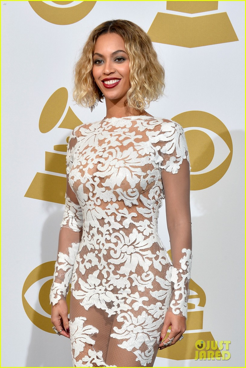 beyonce wears sexy sheer white dress at grammys 2014 163041412