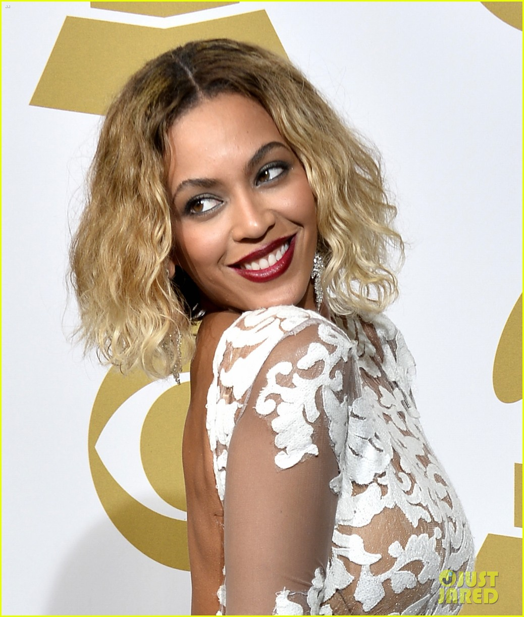 beyonce wears sexy sheer white dress at grammys 2014 173041413