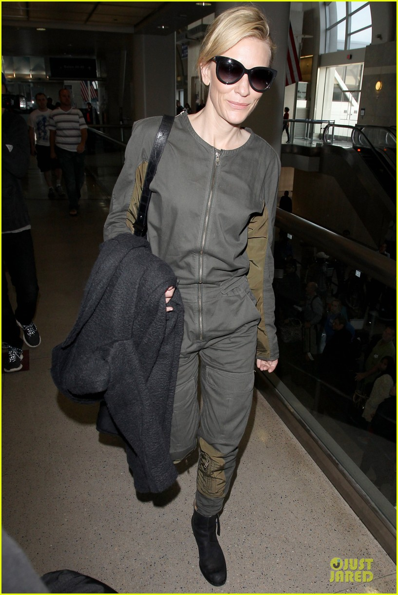 cate blanchett lax arrival after nyfcc awards ceremony 083024730