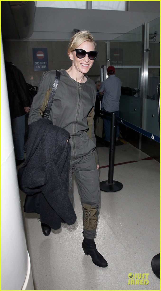 cate blanchett lax arrival after nyfcc awards ceremony 123024734