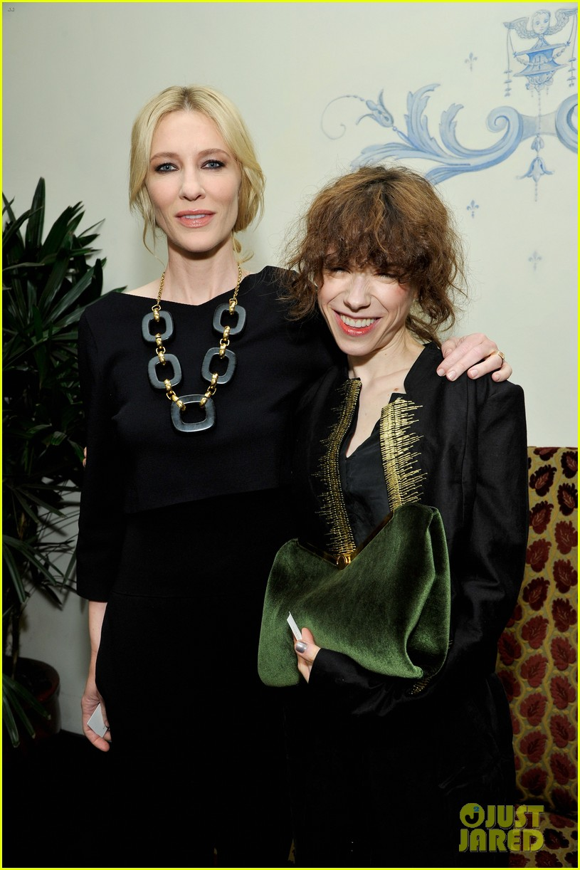cate blanchett robin wright pre golden globes party 2014 043026892