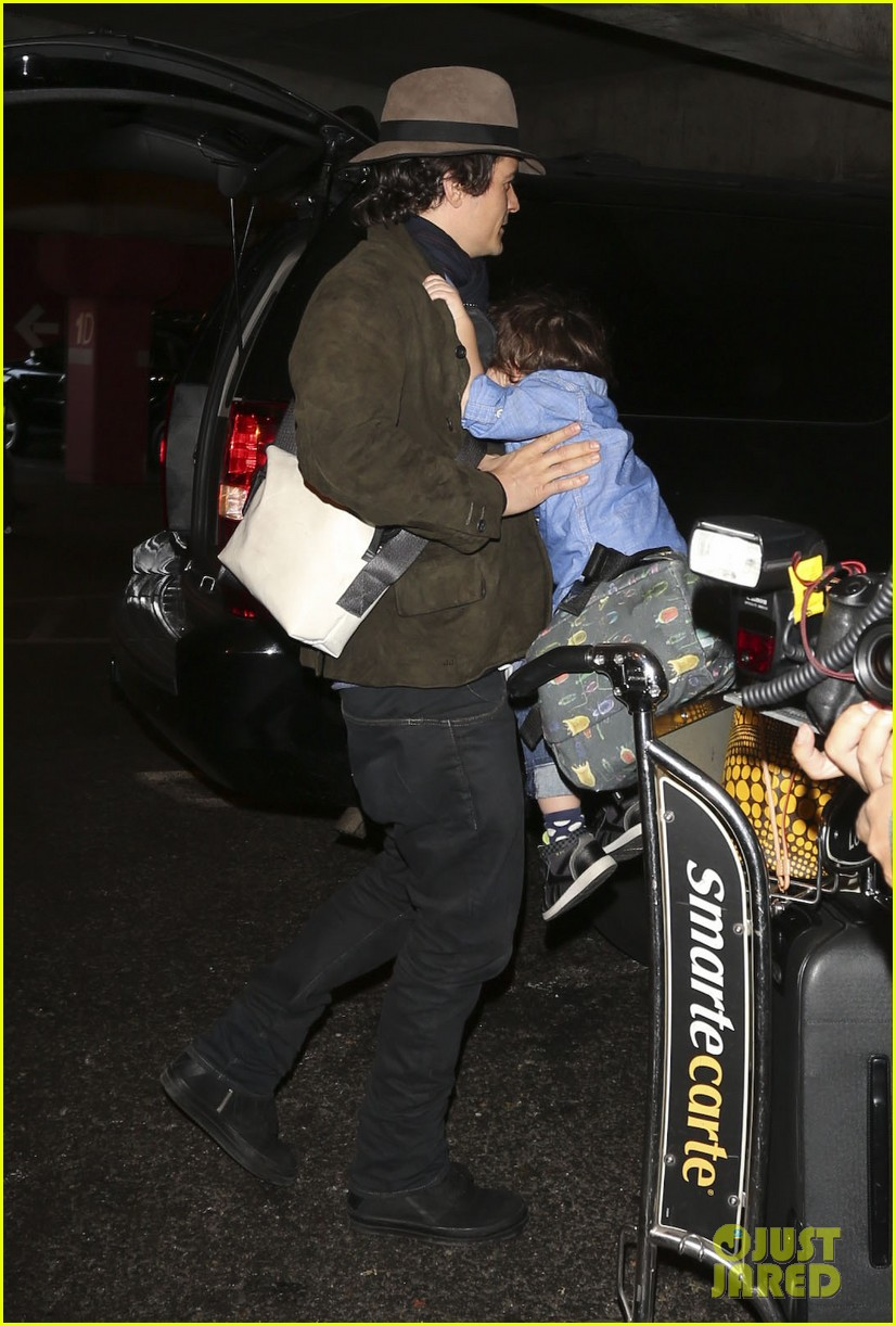 orlando bloom brings flynn to los angeles after his 3rd bday 033026674