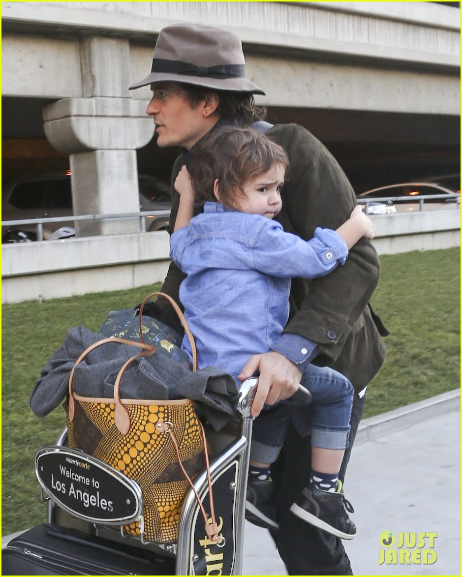 orlando bloom brings flynn to los angeles after his 3rd bday 103026681