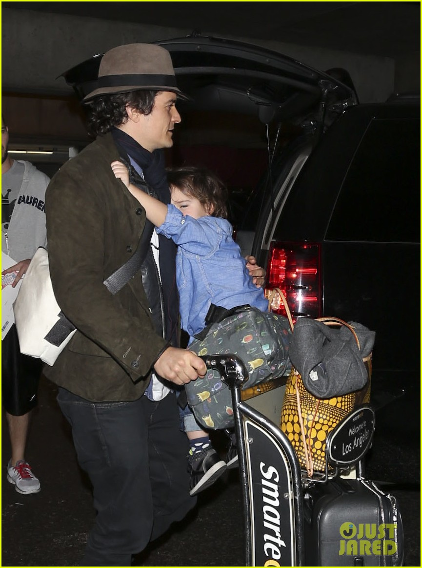 orlando bloom brings flynn to los angeles after his 3rd bday 153026686
