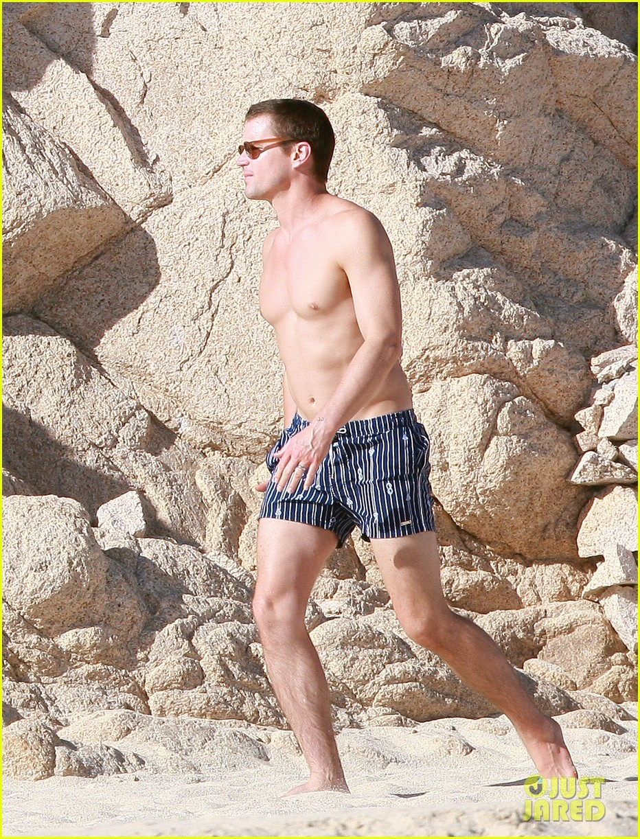 matt bomer shirtless sexy cabo vacation with simon halls 063035167
