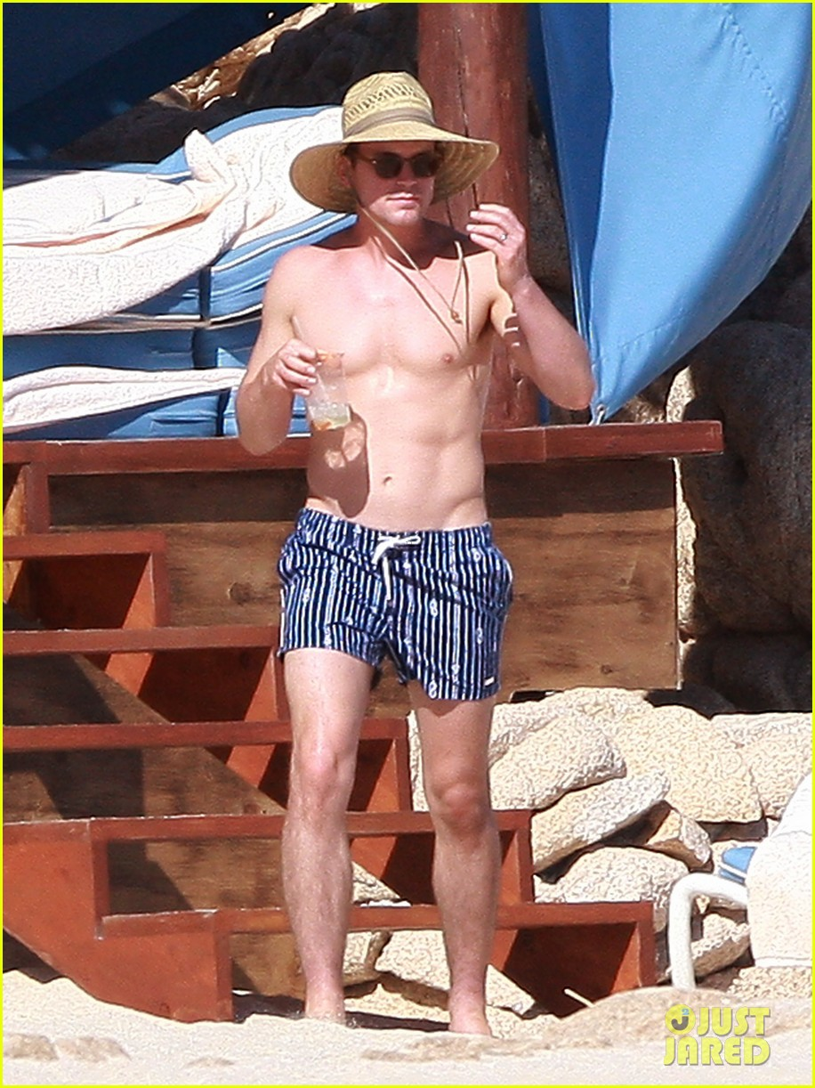 matt bomer shirtless sexy cabo vacation with simon halls 073035168