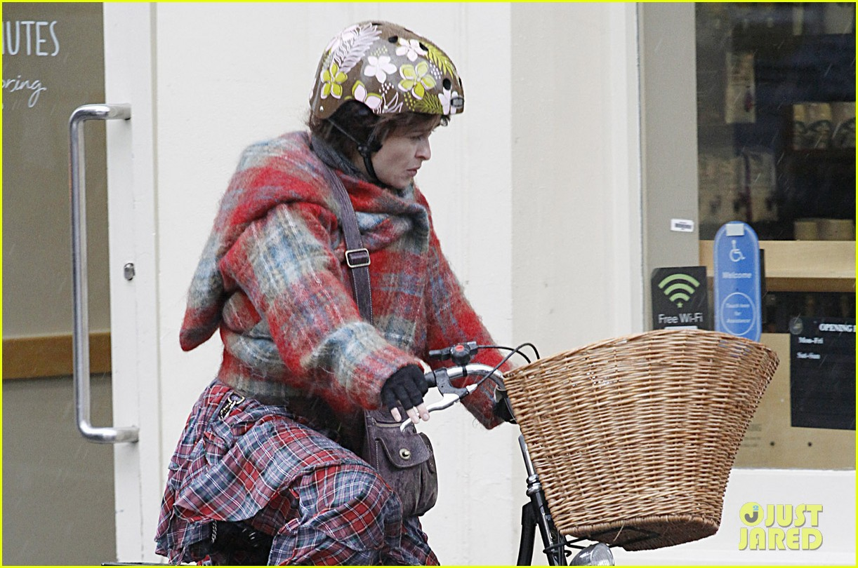 helena bonham carter bikes in the rain with son billy 10