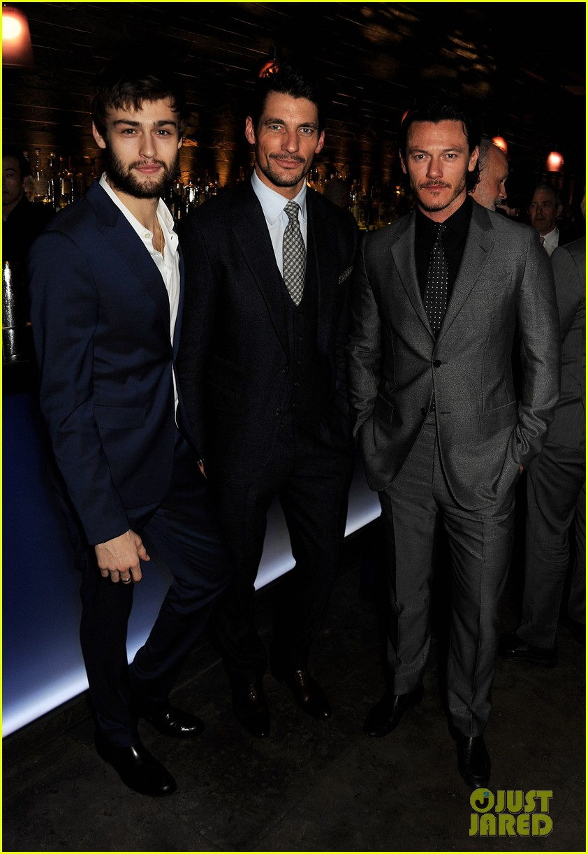 douglas booth luke evans london collections closing dinner 033026045