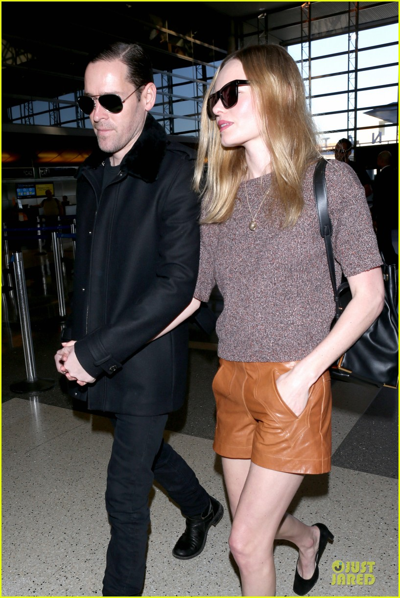 kate bosworth michael polish hold hands for france getaway 043033955