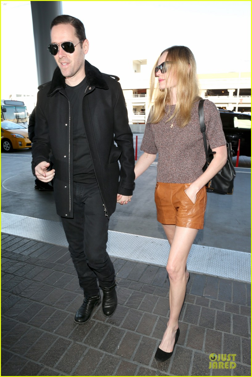 kate bosworth michael polish hold hands for france getaway 06