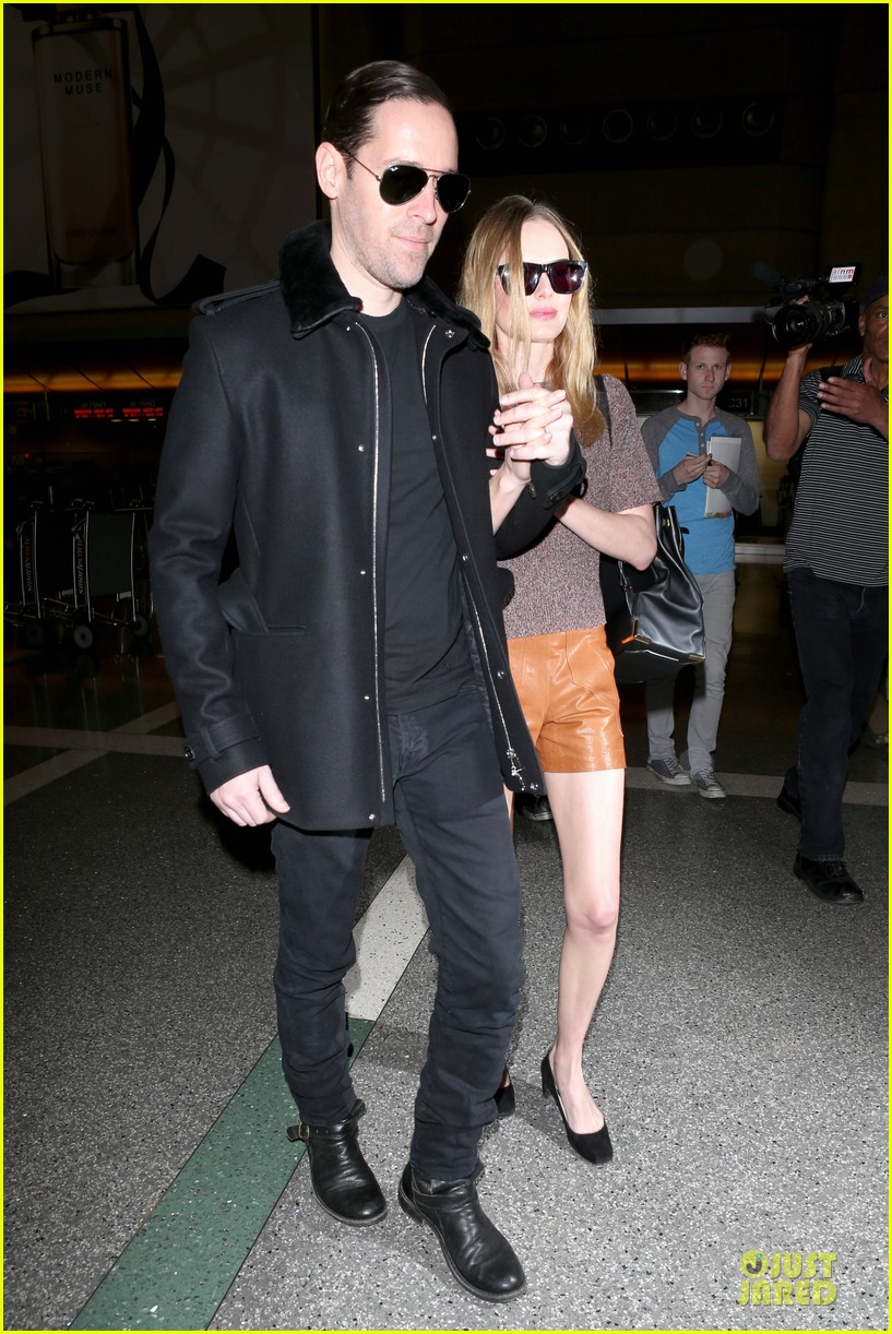kate bosworth michael polish hold hands for france getaway 123033963