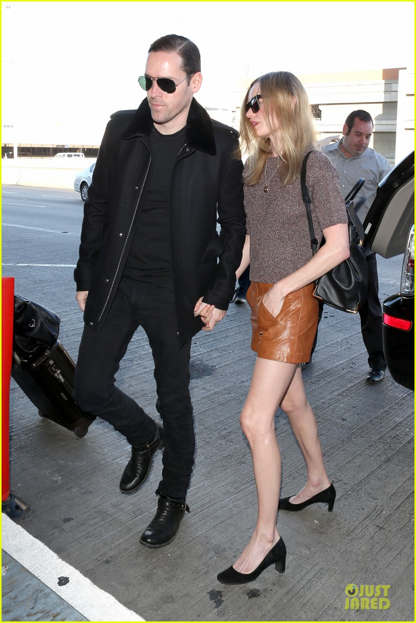 kate bosworth michael polish hold hands for france getaway 28