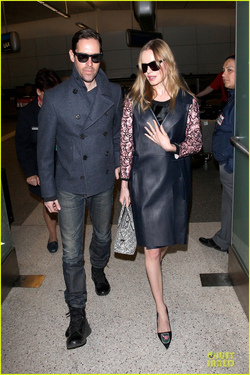 kate bosworth international landing at lax 073037347