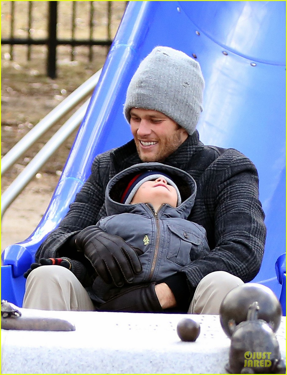 tom brady park date with benjamin before facing broncos 02