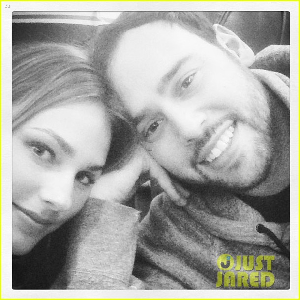 scooter braun engaged to yael cohen 02