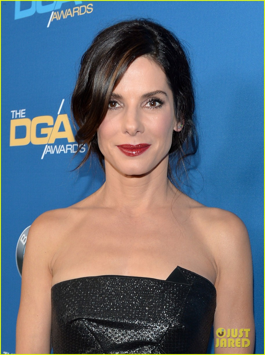 sandra bullock supports alfonso cuaron at dga awards 2014 023040272