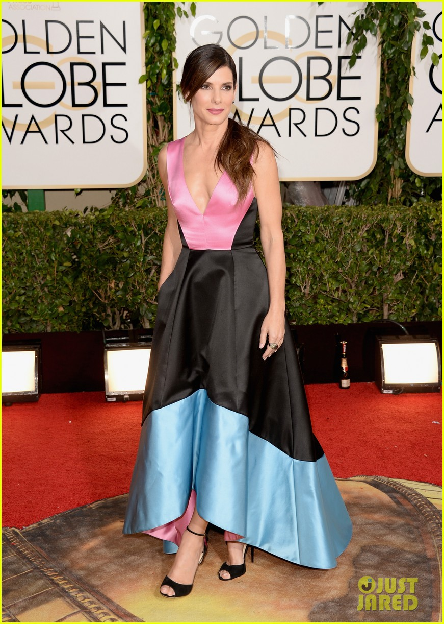 sandra bullock golden globes 2014 red carpet 063029294