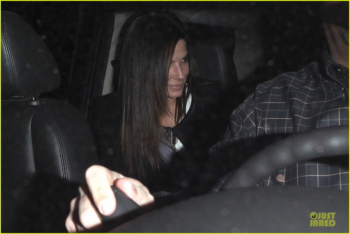 sandra bullock shopping with mystery man after golden globes 133031625