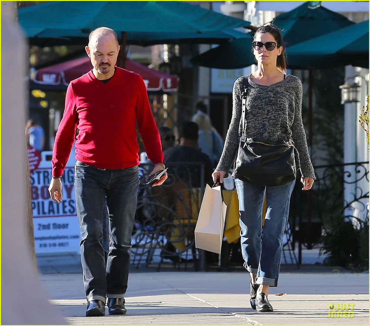 sandra bullock shopping with mystery man after golden globes 243031636