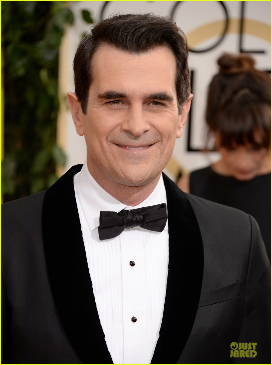 ty burrell ed oneill golden globes 2014 red carpet 113029785