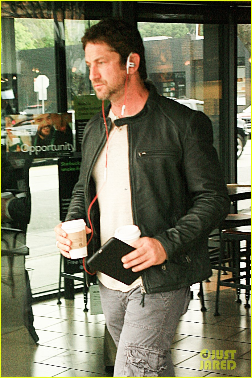 gerard butler steps out as gods of egypt casts more actors 063044416