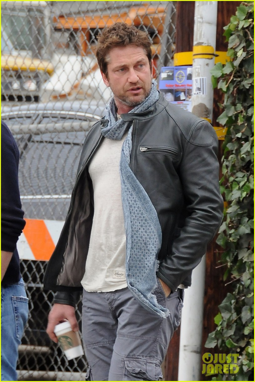 gerard butler steps out as gods of egypt casts more actors 133044423