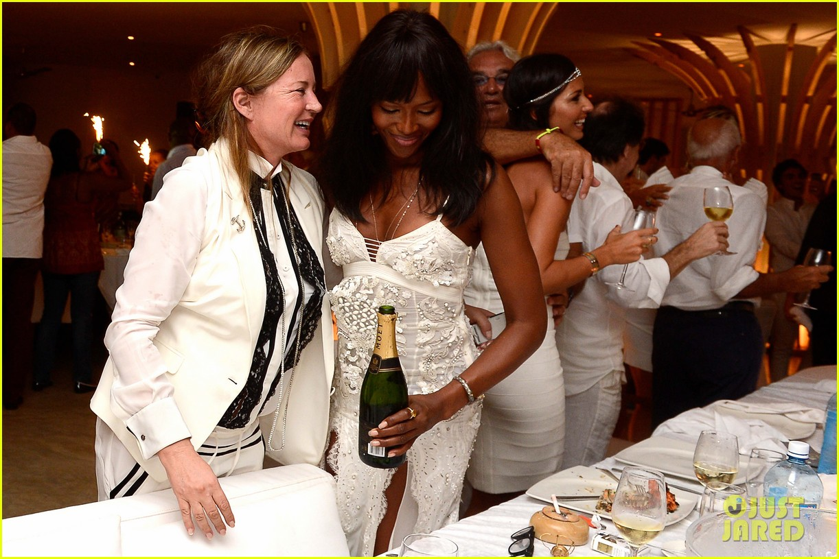 naomi campbell new years eve on the beach in kenya 203021289