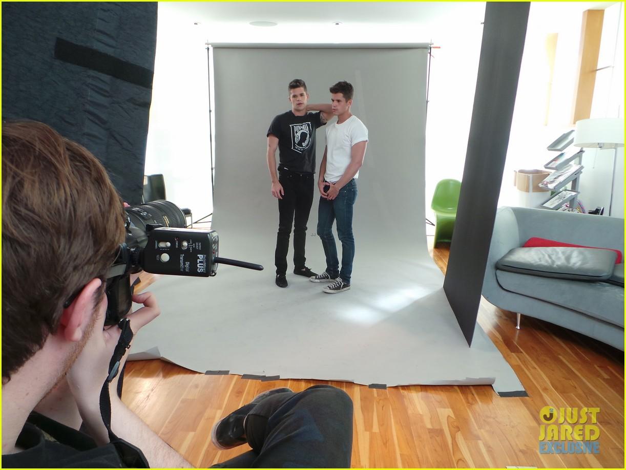 teen wolf max charlie carver jj spotlight of the week behind the scenes pics 103042986