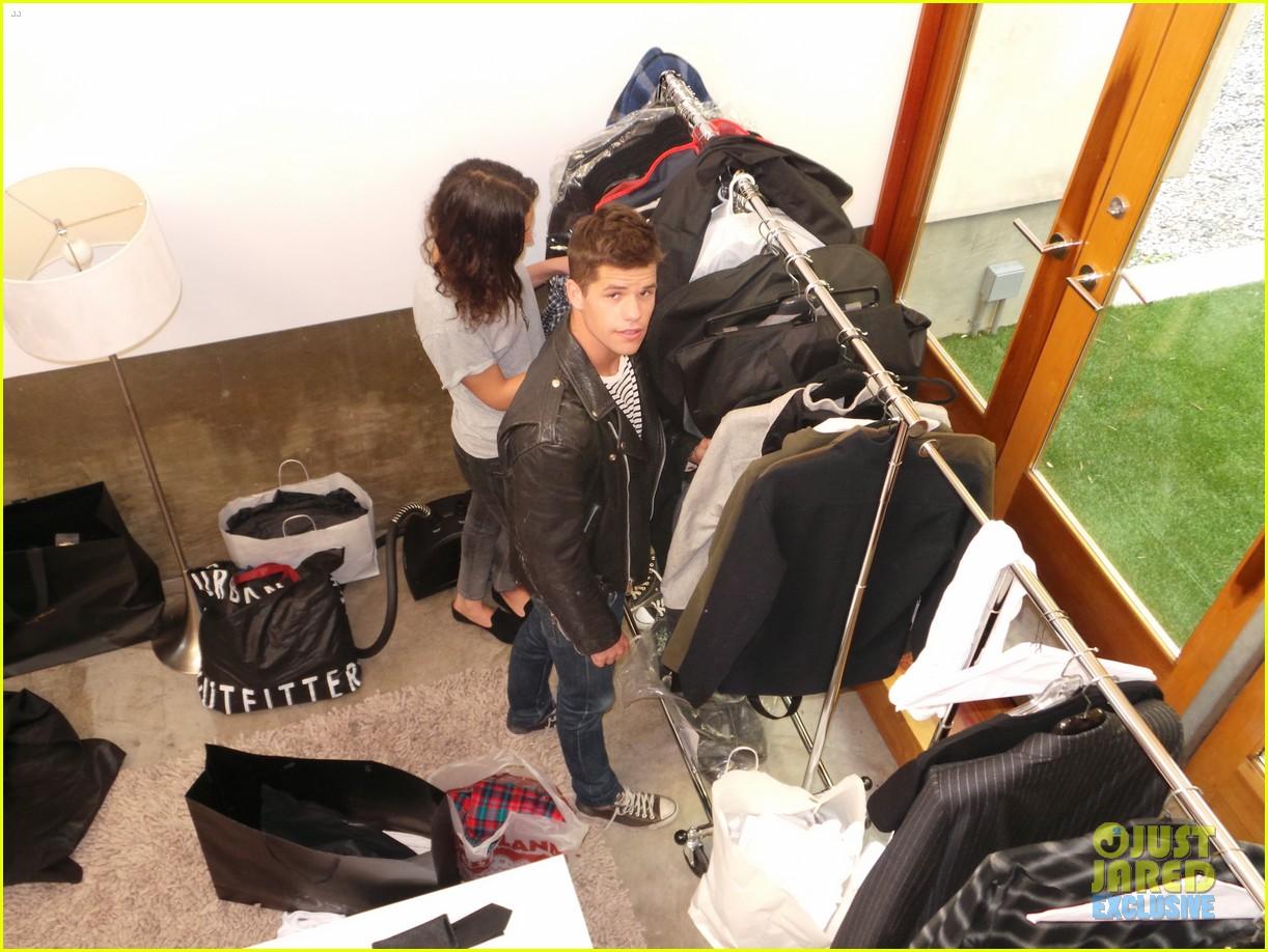 teen wolf max charlie carver jj spotlight of the week behind the scenes pics 113042987
