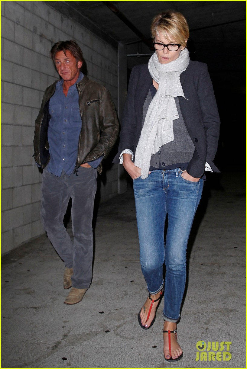 charlize theron sean penn movie date night 013024560
