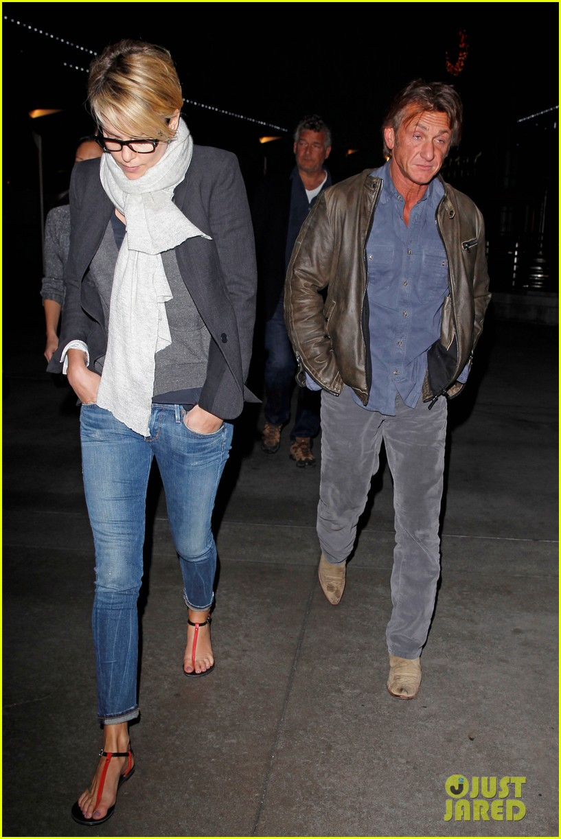 charlize theron sean penn movie date night 033024562