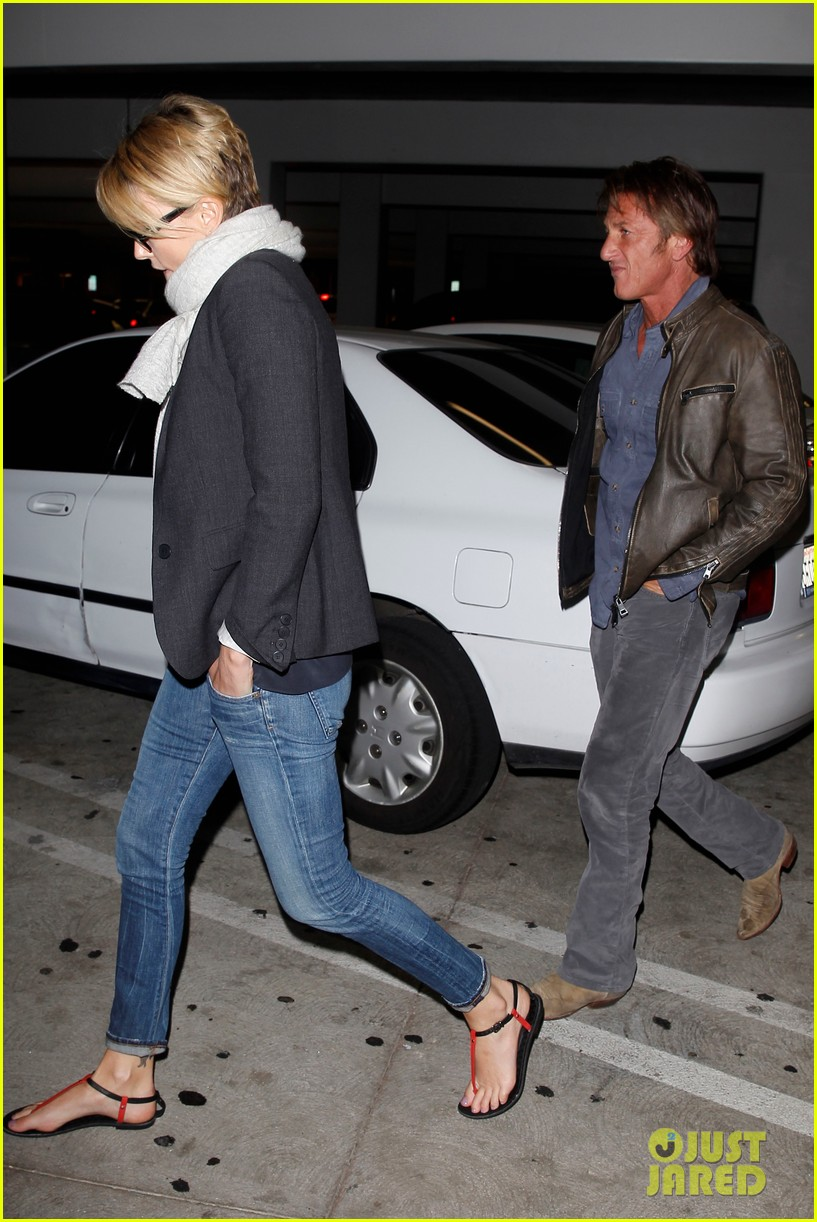 charlize theron sean penn movie date night 05